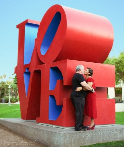 Love-Statue-Couple-3